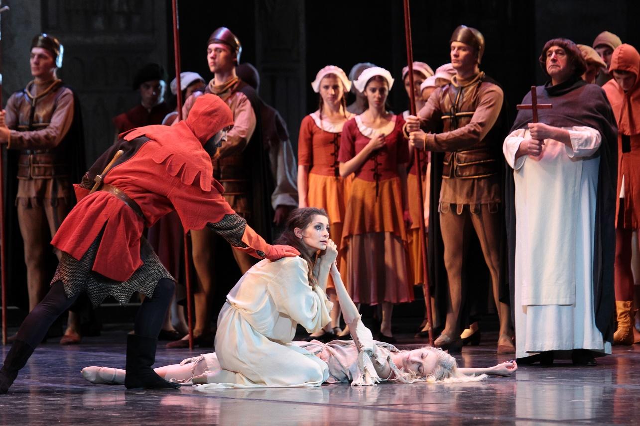 МАМТ показал 1000-е представление балета «Эсмеральда»