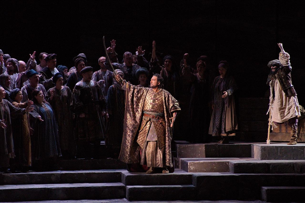 В театре появился еще один Отелло — поздравляем Нажмиддина Мавлянова с дебютом